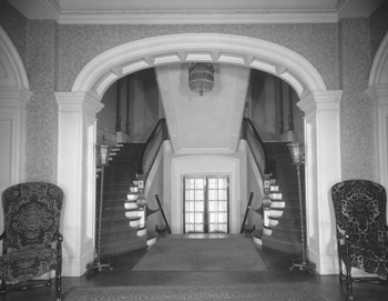 Grand staircase of the Kentucky Governor's Mansion