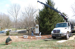 Installing the Kentucky Organ Donor Monument - Pic 3