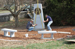 Installing the Kentucky Organ Donor Monument - Pic 4